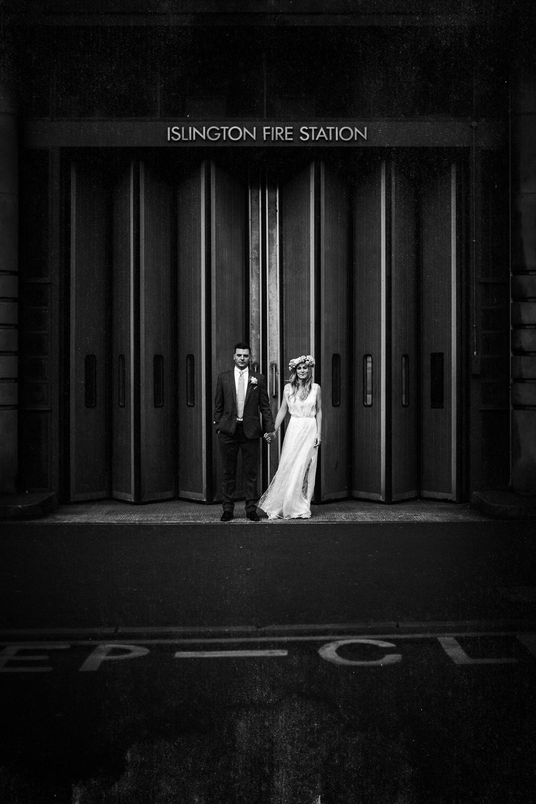 alternative london wedding photographer-1-9