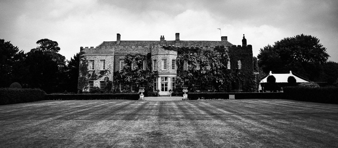 narborough hall gardens wedding photographer-1-2