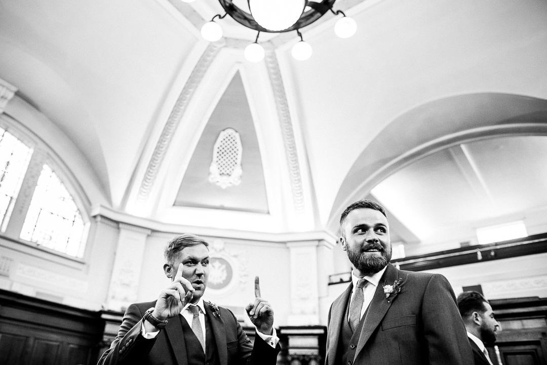 islington-townhall-wedding-photographer-21