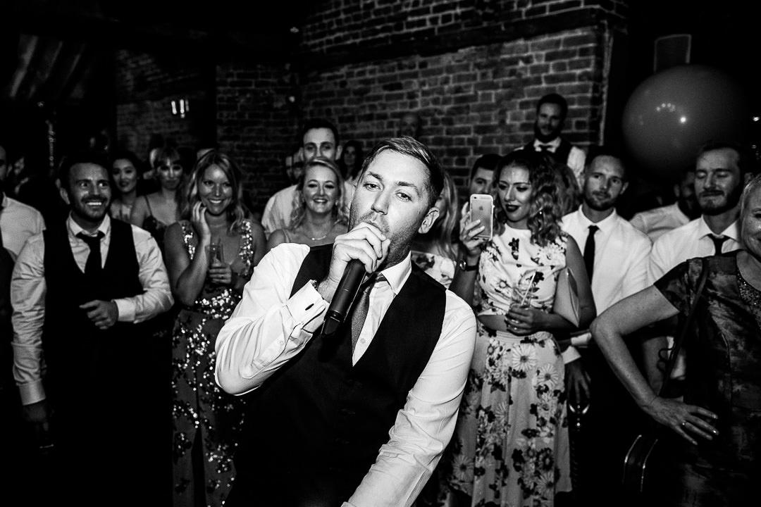 islington-townhall-wedding-photographer-56