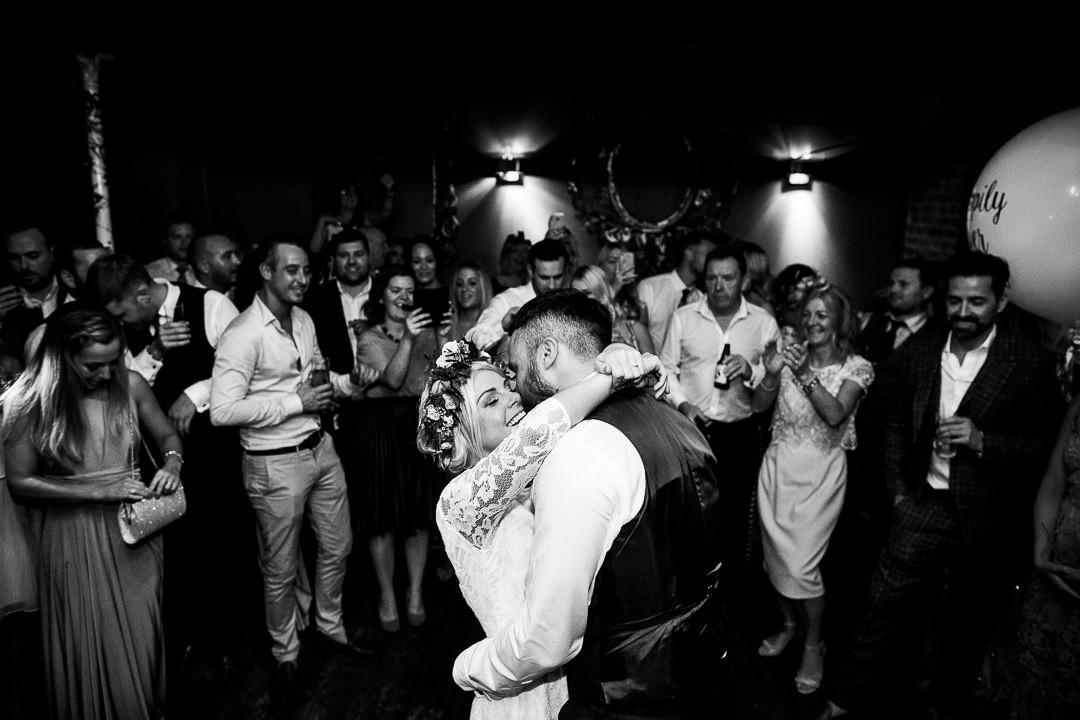 islington-townhall-wedding-photographer-58