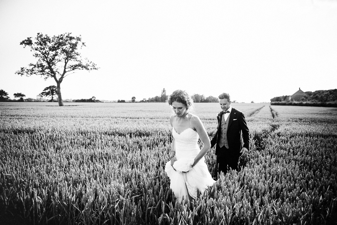 alternative london wedding photography-54