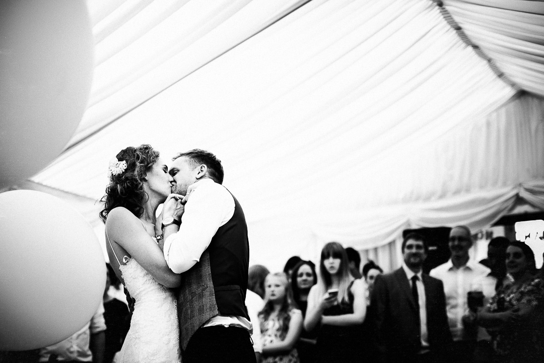 alternative london wedding photography-62