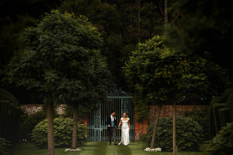 alternative london wedding photographer-60