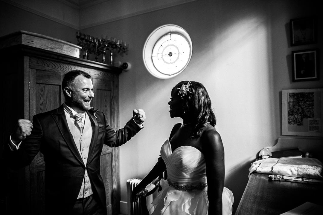 alternative london wedding photographer-3-20