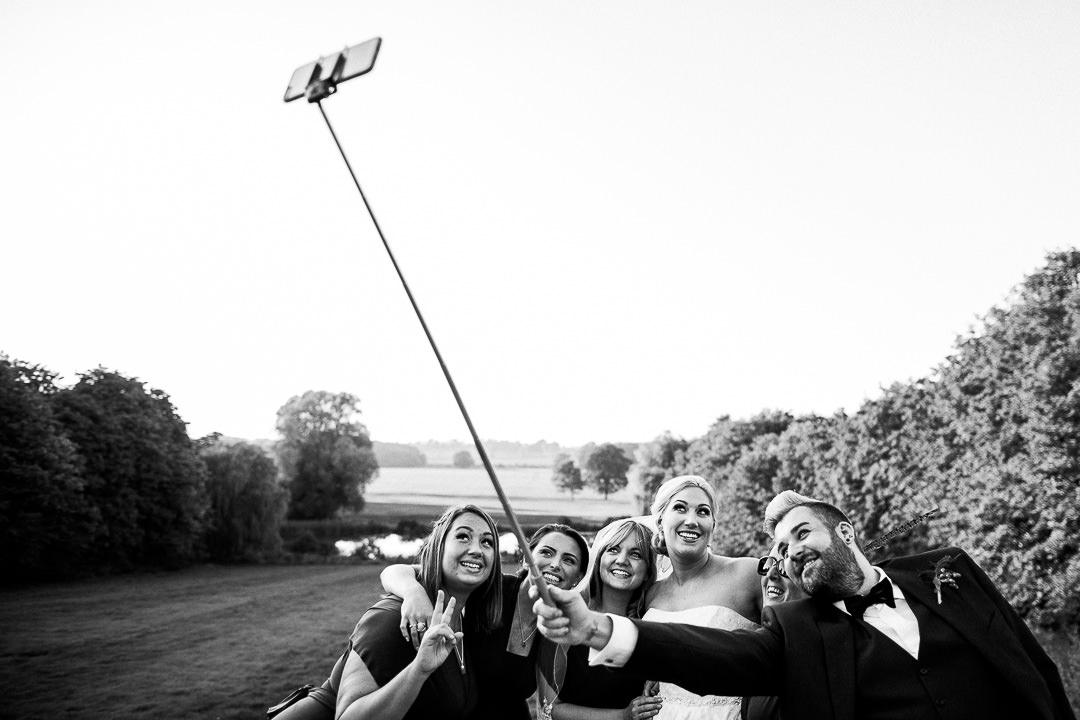 alternative london wedding photographer-4-15