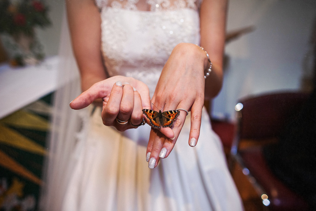 alternative wedding photographey-32