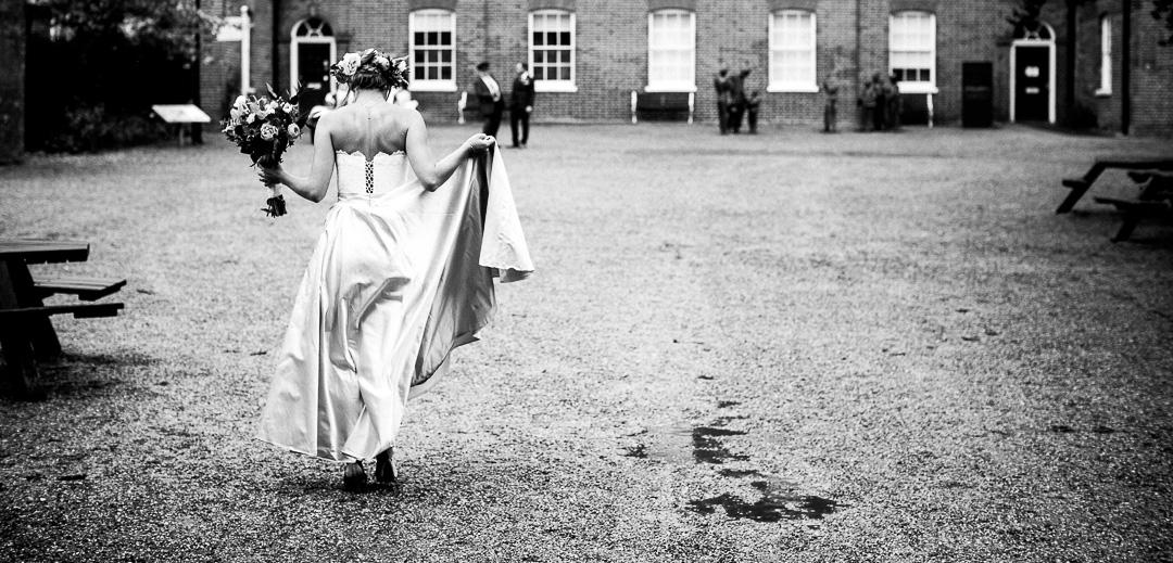 alternative london wedding photographer-1-17