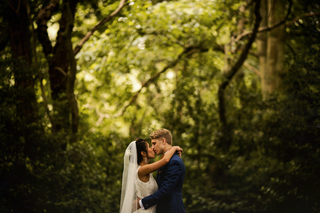 alternative london wedding photographer-34