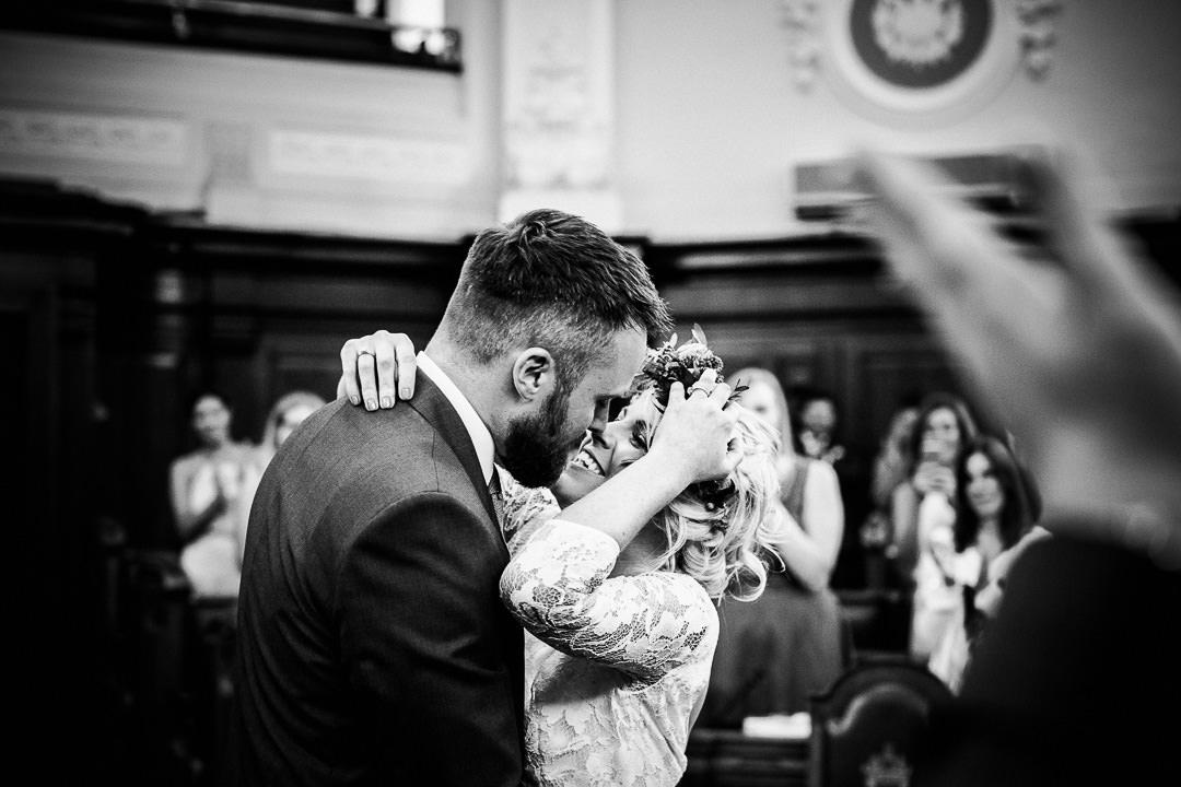 islington-townhall-wedding-photographer-29