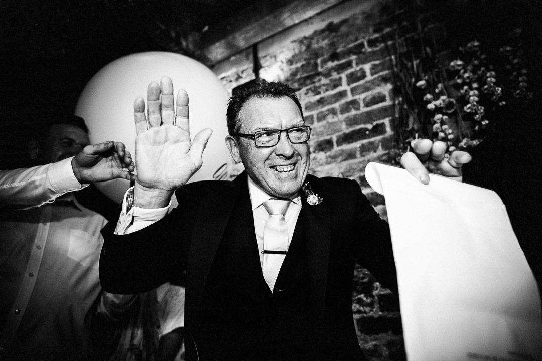 islington-townhall-wedding-photographer-52