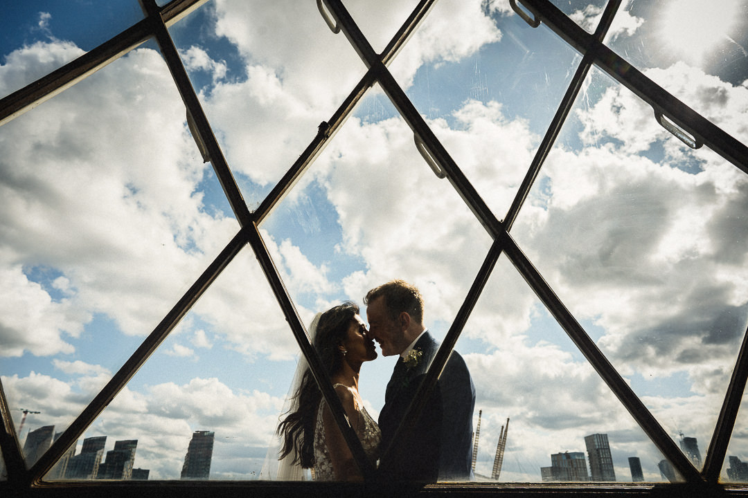 wedding couple in the lighthouse at trinity buoy wharf London